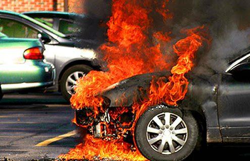 Las causas más comunes en los incendios de vehículos